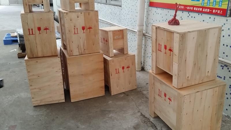 东莞模具木箱
